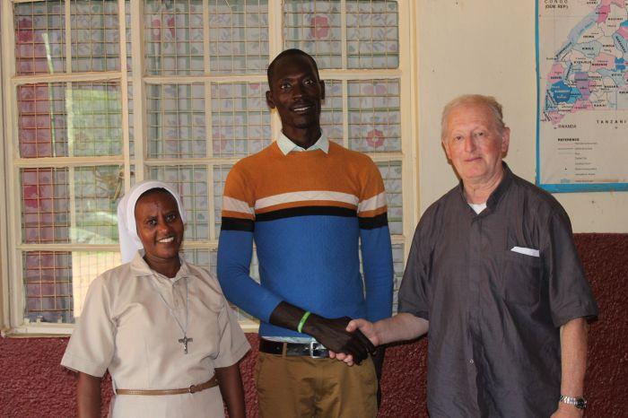 don Gianni Bianchi-missione di pace-missione in Uganda-casaeditricecostruttoridipace-onlus di pace-maria terranova (3)