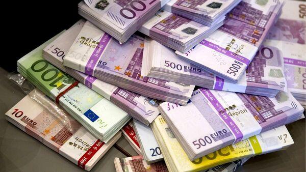 dove-ci-sono-soldi-c'è-mafia-catena-cancilleri-casa-editrice-costruttori-di-pace-maria-terranova (1)